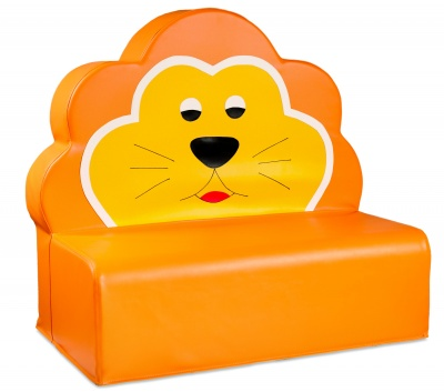 Gauč lev